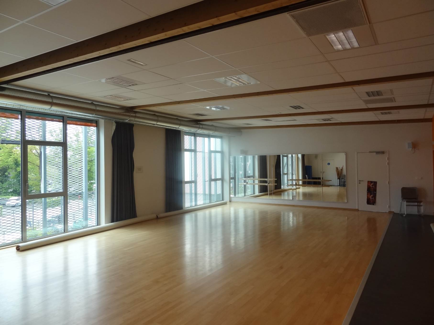 Salle de danse photo 1